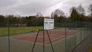 Le terrain de tennis de Blangy le Château