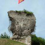 Les vestiges de la motte castrale de Blangy le Château
