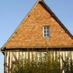 Pans de bois. Ancienne Auberge du Coq Hardi du XVIème siècle. Blangy le Château