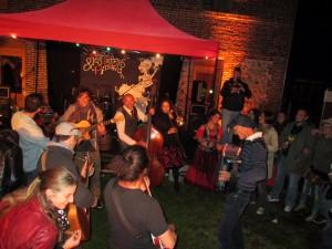 Concert au moulin Boeuf des musiciens à Blangy le Château